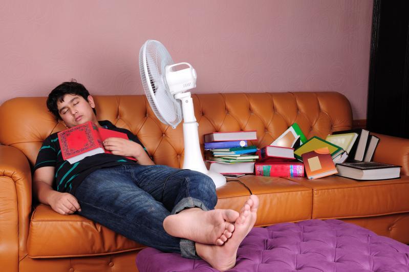 non-studiare-dormire