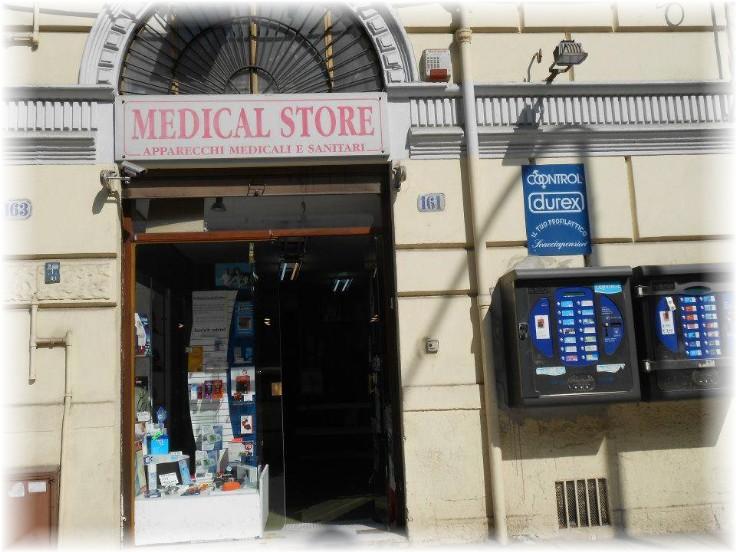 INTESACARD: Medical Store [Convenzione CAMICE-SCRUB-FONENDOSCOPIO]